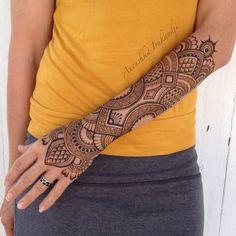 Another Henna arm design Anoushka Irukandji 2015 #henna#mehndi