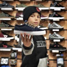 Distruggi una scarpa ogni 15gg? Le Globe sono le migliori scarpe da skate... e sono anche comodissime grazie alla soletta interna ammortizzata... Parola di Brando!  Check our online shop  www.kahunashop.it   #skate #skateboard #skateboarding #kahunashop #enjoythefamily #instask8 #sk8 #skatelife #roma #romeskateboarding #shoes #kids #kidsfashion #instalike #skatepark #dcshoes #globeshoes #skateboardingisfun #skateboarder #vsco #vscogram #photooftheday #photography #picture