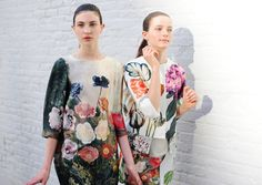 DIY Botanical Print Jacket We are smitten with Stella McCartney's floral ensembles from her Spring 2011 collection, inspired by and century botanical prints. Surface Design, Diy Fashion, Ideias Fashion, Travel Fashion, Fashion Styles, Dress Fashion, Runway Fashion, Cherry Blossom Girl, Diy Clothing