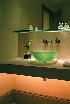 John-Cullen-bathroom-lighting-02