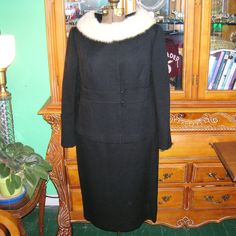 Vintage 1950's/1960's Black Women's Suit  Worsted Wool Lined Creme Mink Fur Collar Jack Bloom California Label Coutoure Mad Men