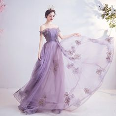 Photo March 04 2020 at Prom Dresses With Sleeves, A Line Prom Dresses, Ball Dresses, Ball Gowns, Formal Dresses, Colourful Outfits, Colorful Fashion, Dress Outfits, Fashion Dresses