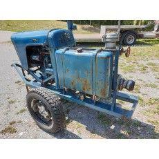 Dieselmotorenpumpe Pumps, Tractors, Vehicles, Diesel Engine, Court Shoes, Rolling Stock, Vehicle, Pump Shoes, Slipper