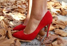 RMK Shoes crvene štikle jesen crvene cipele red heels red shoes autumn https://www.facebook.com/%C5%A0tiklahr-499632726757786/
