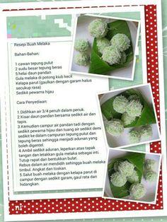 Resepi Buah Melaka Malaysian Dessert, Malaysian Food, Asian Desserts, Asian Recipes, Asian Cake, Steamed Cake, Traditional Cakes, Recipe Cards, I Foods