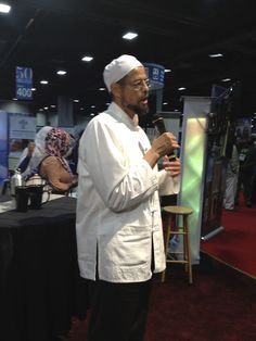 Imam Zaid at the 2013 ISNA convention.