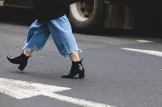 London Street Style That Just Oozes Cool #refinery29  http://www.refinery29.com/2016/02/103453/london-fashion-week-fall-winter-2016-street-style-pictures#slide-16  We're all about a trend that's easy to DIY....