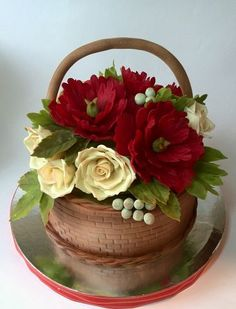 Edible Art, basket of flowers Cake Pretty Cakes, Cute Cakes, Beautiful Cakes, Fancy Cakes, Amazing Cakes, Cake Icing, Fondant Cakes, Eat Cake, Cupcake Cakes