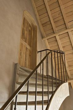 Beautiful stair design by Bourgondisch Kruis