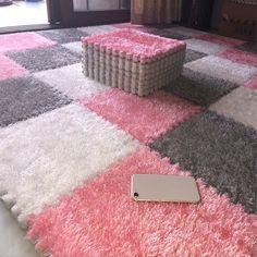 DIY Soft Plush No Slip Interlocking Shag Carpet Squares – Classy Stores Online Carpet Mat, Shag Carpet, Diy Carpet, Carpet Tiles, Rugs On Carpet, Carpet Runner, Red Carpets, Wall Carpet, Modern Carpet