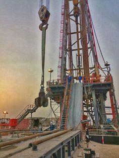 Oilfield Trash, Oilfield Life, Water Well Drilling, Drilling Rig, Welding Rigs, Welding Gear, Oil Rig Jobs, Bp Oil, Cat Engines