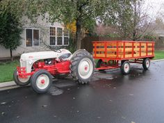 Ford ready for a wagon ride. Antique Tractors For Sale, Vintage Tractors, Vintage Farm, 8n Ford Tractor, Utility Tractor, Triumph Motorcycles, Kawasaki Motorcycles, Ducati, Motocross