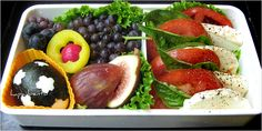 Homemade Bento Boxes - The New York Times > Dining & Wine > Slide Show > Slide 11 of 12