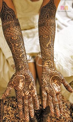 5 Sensational Asha Savla Bridal Mehndi Designs You'll Love