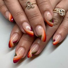 Celebrate Your Favorite Memories With CND Treasured Moments in 2020 Nail Design Stiletto, Nail Design Glitter, Fall Acrylic Nails, Fall Nail Art, Funky Nails, Cute Nails, Stylish Nails, Trendy Nails, Classic Nails