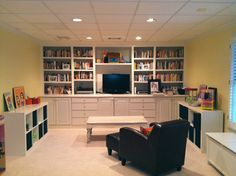 Would love it if our playroom looked like this!