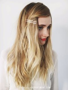These are super easy and quick to style. #hairstyles #noheat #easyhairdo #frizzyhair No Heat Hairstyles, Winter Hairstyles, Vintage Hairstyles, Chic Hairstyles, Curls No Heat, Heat Waves, Curly Hair Styles, Natural Hair Styles, Curly Hair Overnight