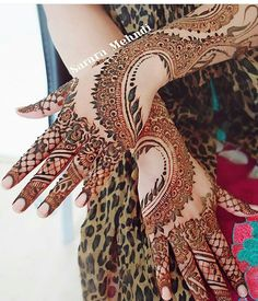 By @sararamehndi #pretty #mehendi #mehendidesign #mehendiart #henna #hennadesign #hennaart #hennatattoo #beautiful #wedding #functions #events #art #tattoo #color #mehendiinspire #hennainspire #inspiration #bridal #blackhenna #blackmehendi  #instaart #bodyart #hennalove #mehendilove #arabichenna #arabicmehendi #tagsforlikes#girls