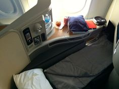 sleep well #AmericanAirlines new FirstClass in the A321T