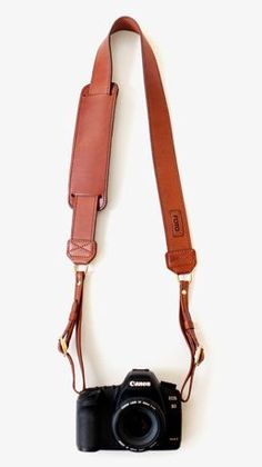 James Camera Strap - Leather by FOTOSTRAP | MONOQI