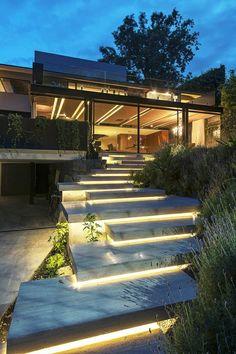 gartentreppe beleuchten moderner außenbereich led leuchten