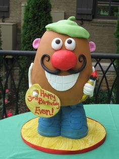Mr Potato Head artist By SeattleCakes on CakeCentral.com
