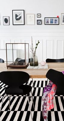 Graphic home with a feminine touch - via Coco Lapine Design