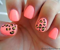 Incredibly Easy DIY Nail Art Idea: Leopard Print - Nail styles and Nail Polish Love Nails, How To Do Nails, Pretty Nails, Gorgeous Nails, Nail Art Diy, Diy Nails, Neon Nails, Bright Nails, Uñas Color Coral