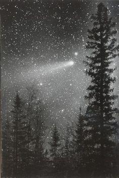 Halleys-Comet-May-1986-Bob-King_edited-1