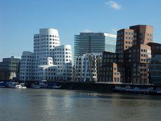 Düsseldorf #ebookers