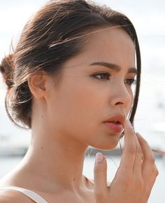 Very beautiful 😍 Most Beautiful Faces, Beautiful Girl Image, Beautiful Women, Mark Prin, Ulzzang Korean Girl, Women Life, Woman Crush, Pretty Face, Sweet 16