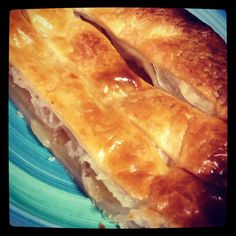Homemade apple pie for today's tea time!!