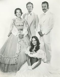 The cast of the stage production of Gone With the Wind, 1973: Udana Power, Terence Monk, Lesley Ann Warren, and Pernell Roberts.