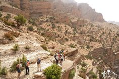 Senderismo a medida en cualquier época del año  Jbel Toubkal (4,167m), Jbel M,Goun (4,080m), Jbel Siroua (3,305m) y Jbel Saghro (2,712m) son las 4 cumbres de montañas que deberías subir en #Marruecos