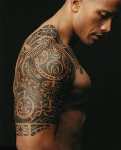 Dwayne Johnson, The Rock, tattoo maori que fiz uma réplica idêntica, sem a parte do peito.