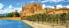 Panoramic view of La Seu, the gothic medieval cathedral of Palma de Mallorca, Spain Ibiza, Puerto Pollensa, Jardin Luxuriant, Site Archéologique, Spain Images, Mountain Village, Shore Excursions, Balearic Islands, Parc National