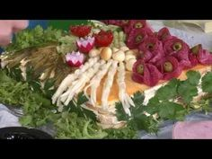Pečenie s Milotkou a Zuzkou - Slaná torta - YouTube