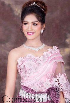 Net Gowns, Khmer Wedding, Wedding Costumes, Lace Corset, Asian Fashion, Formal Dresses, Wedding Dresses, One Shoulder Wedding Dress, Elegant