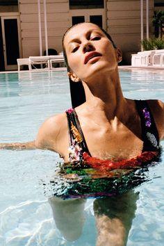 Atividades físicas praticadas dentro d'água são a bola da vez