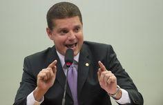 Deputado Marcos Rotta (PMDB-AM), que lidera a comissão que investiga o banco estatal, questiona financiamentos concedidos com dinheiro público para Angola, Cuba e Venezuela