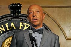 Russell Simmons Faces More Rape Accusations From Multiple Women Russell Simmons faces more rape allegations from three more women.  https://www.hotnewhiphop.com/russell-simmons-faces-more-rape-accusations-from-mult... http://drwong.live/article/russell-simmons-faces-more-rape-accusations-from-multiple-women-news-40847-html/