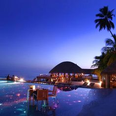 Romantic night at Maldives: quite a dream. why Bora Bora when you have Maldives, New Caledonia or even Seychelles? Dream Vacations, Vacation Spots, Beautiful Hotels, Beautiful Places, Amazing Places, The Places Youll Go, Places To See, Destination Voyage, Romantic Places