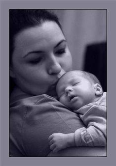 Ağlatmadan Uyku Eğitimi – Ne zaman uyanmadan tüm gece uyuyacak?   Hassas Anne Baby Room, Hobbies, Cupcake, Girls, Toddler Girls, Daughters, Cupcakes, Maids, Cupcake Cakes
