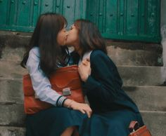 i loved you first Human Poses Reference, Pose Reference Photo, Aesthetic Japan, Japanese Aesthetic, Cute Lesbian Couples, Lesbian Love, Couple Ulzzang, Def Not, Lesbians Kissing
