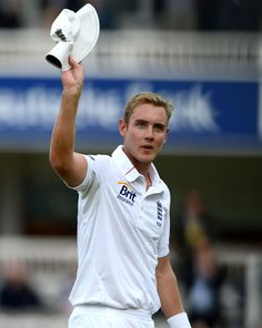 Stuart Broad (Eng) recorded his fifth five-wicket haul in Tests, vs West Indies, 1st Test, Lord's, May 17, 2012