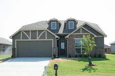 Simmons Homes Exposed Home In Lake Valley Owasso