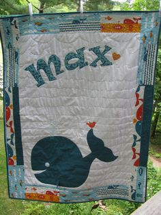 Whale quilt My own design.a whale quilt for my friends' newest little boy! It features Marine fabrics from Dan Stiles' organic line. (from Birch Fabrics) Quilt Baby, Colchas Quilt, Applique Quilts, Quilt Blocks, Children's Quilts, Fish Quilt, Quilting Projects, Sewing Projects, Baby Dekor