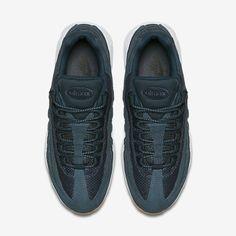 big sale 7144b 5e632 Chaussure Nike Air Max 95 Pas Cher Homme Premium Marine Arsenal Renard Bleu  Jaune Gomme Marine
