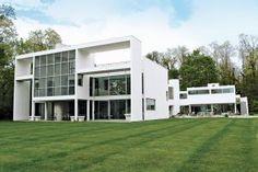 Images - house garden design - Charles Gwathmey modernist villa for Lloyd Taft 1980