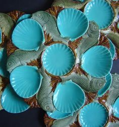 Sea Shell Turquoise Majolica Oyster Plate _ Glazed and Confused: Majolica Classics: Minton Majolica Oyster Plates of 19 pics) Ceramic Fish, Ceramic Plates, Fish Plate, Sea Pearls, Porcelain Jewelry, China Patterns, Plates On Wall, Earthenware, Tablescapes